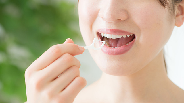 歯間にものが詰まりやすい原因